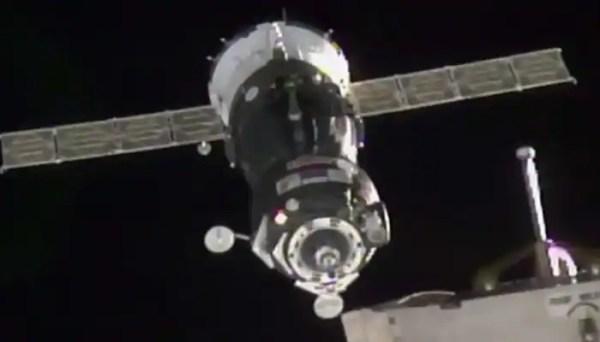 Russian Soyuz spacecraft docks with International Space ...