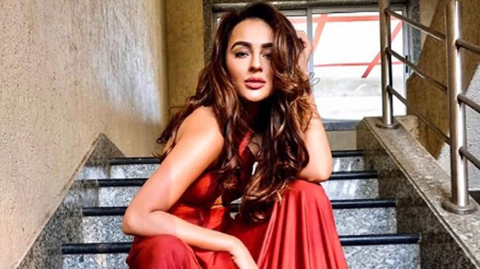 This Unseen Viral Video Of South Actress Seerat Kapoor Will Make