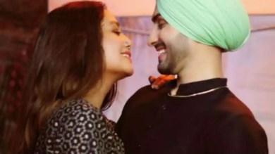 Amid wedding rumours, Neha Kakkar, Rohanpreet Singh's loved-up pics take over the internet