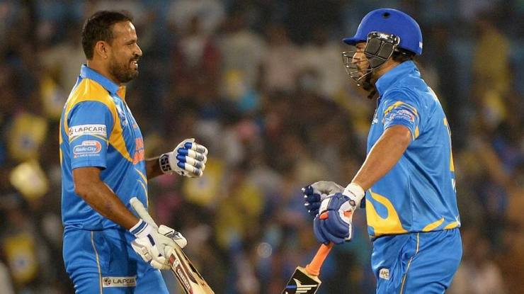 India Legends' Yusuf Pathan (left) and Yuvraj Singh rained sixes on Sri Lanka Legends in the Road Safety World Series final in Raipur. (Source: Twitter)