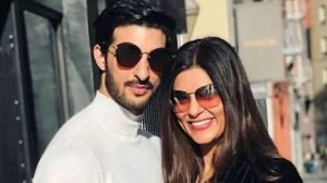 Sushmita Sen goes live on social media, her PDA with her boyfriend Rohman Shawl hogs attention – Watch    Buzz News