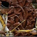 Malaysian royals pick new king after historic abdication