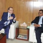 Canada keen to develop Bangladesh airports