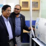 Agriculture Minister visits icddr,b, its research, clinical laboratories