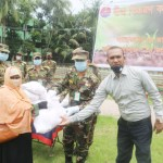Army distributes seeds among destitute farmers in Noakhali