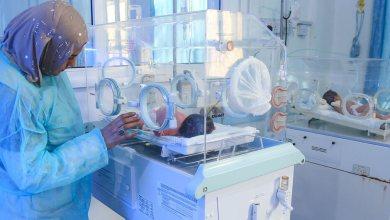 UNICEF/Fuad Niños nacidos prematuramente reciben atención en un hospital.