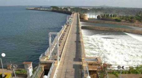 Cauvery water dispute: SC to hear TN govt's plea on Apr 9