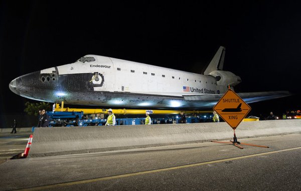 The Space Shuttle Endeavour arrived at the California ...