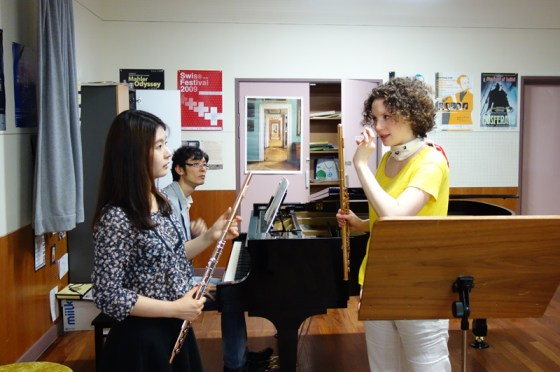 Kathrin Christians works one-on-one with 2nd-year student Kang Yu-jung at the German School of Music Weimar.<br />(PHOTO: Charles Ian Chun)