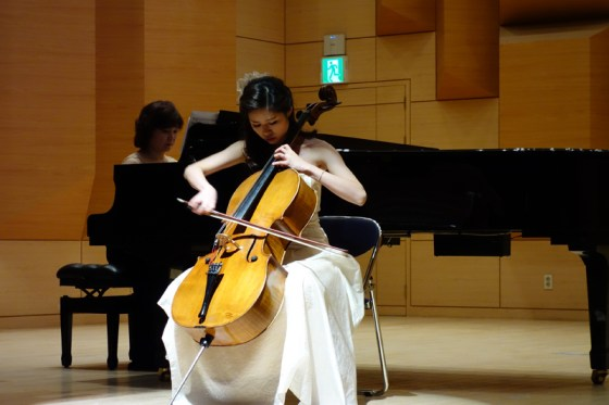 Student Shin Yoon-jung performs  the first movement of Shostakovich's Cello Concerto No. 1 in E-flat minor, Op. 107 (1st movt) at the Kangnam University Department of Music 2013 Graduation Orchestral Concert, Lee Su-gyung (piano), 14 Nov 2013. (Photo: Charles Ian Chun)
