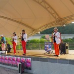 Kim Hak-sung (left) leads his band Day of Sunrise during Yongin Street Artists 2013, Dongbaek Lake Park (PHOTO: Lee Su-hyun)