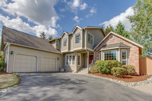 17646 NE 128th Place, Redmond 98052