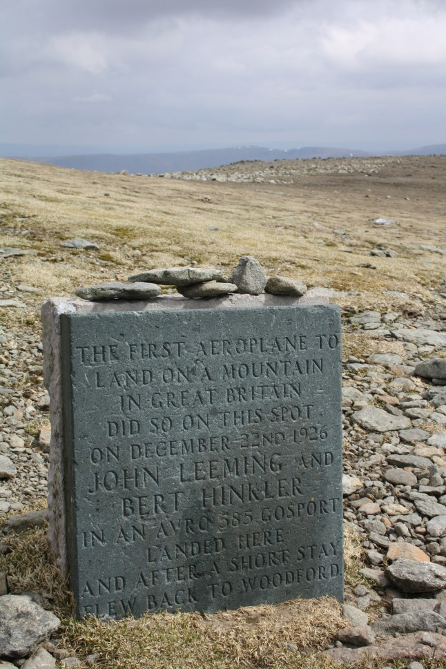 Plaque commemorating the first mountain top landing by an airplane (Organised by Michael Berry)