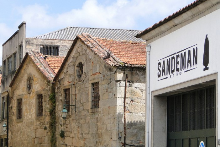 Sandeman Port Winery and Classical Facades - Gaia District - Porto, Portugal (CC 2.0 / Adam Jones)