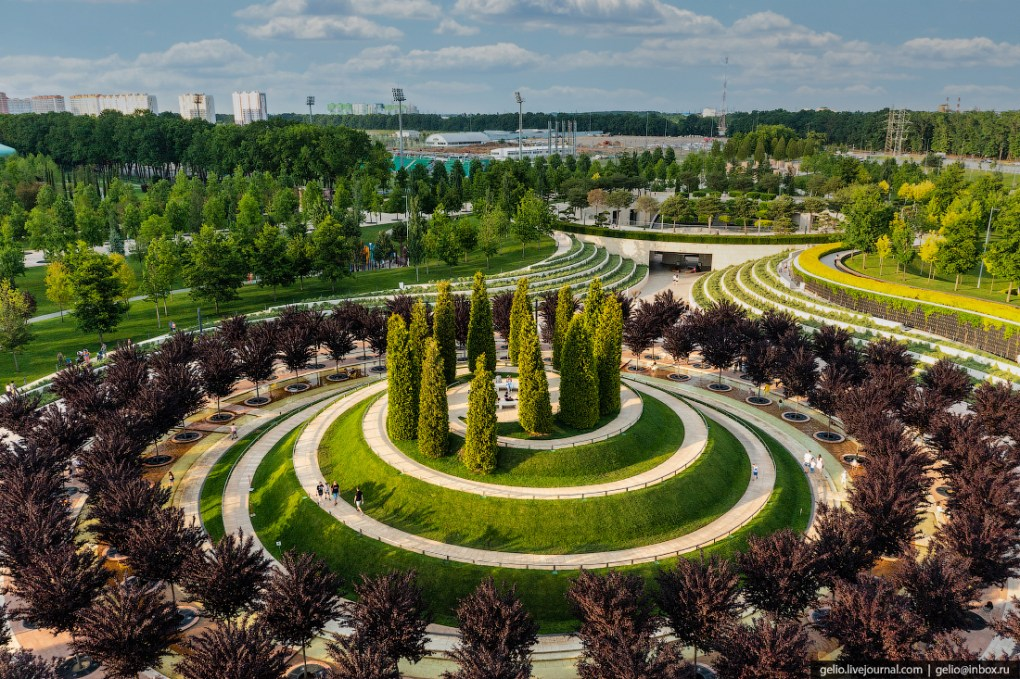 парк галицкого, парк краснодар, пирамида