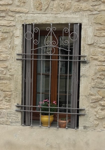 english speaking French real estate agents