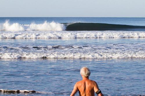 gallery-northern-nicaragua-waves-10