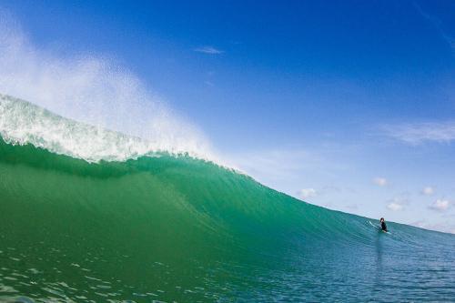 gallery-surf-coaching-weekend-waves-3