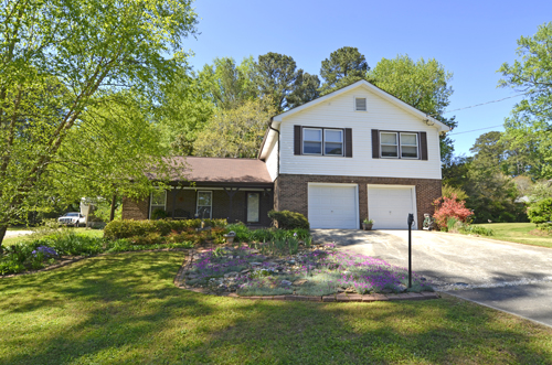 3802 Greenrock Court, Atlanta, GA 30340