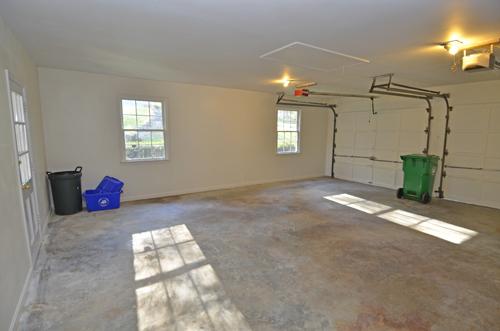 24 Garage