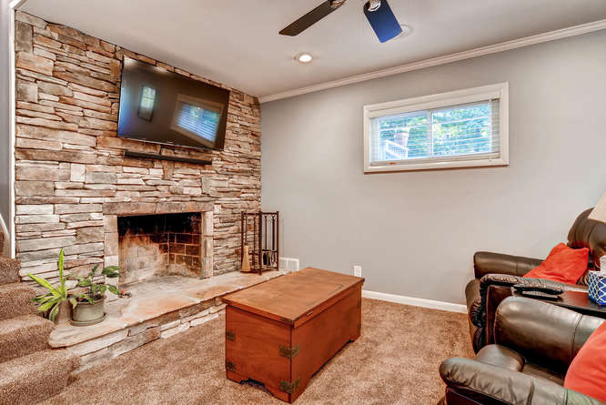 3226-leslie-lane-atlanta-ga-small-022-36-lower-level-living-room-666x445-72dpi