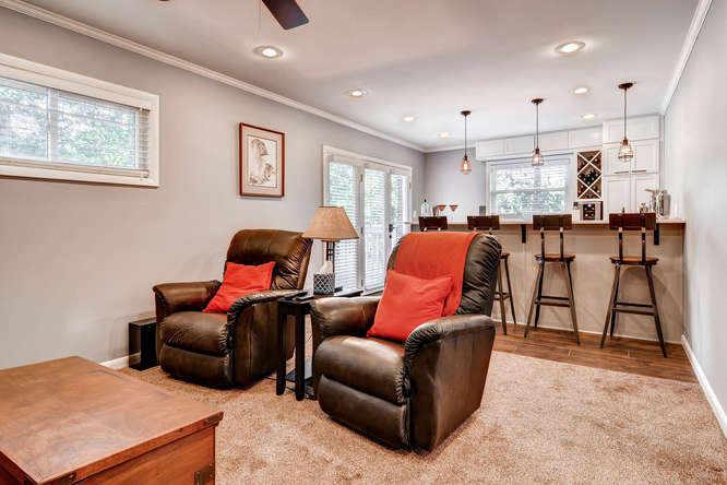 3226-leslie-lane-atlanta-ga-small-023-11-lower-level-living-room-666x444-72dpi
