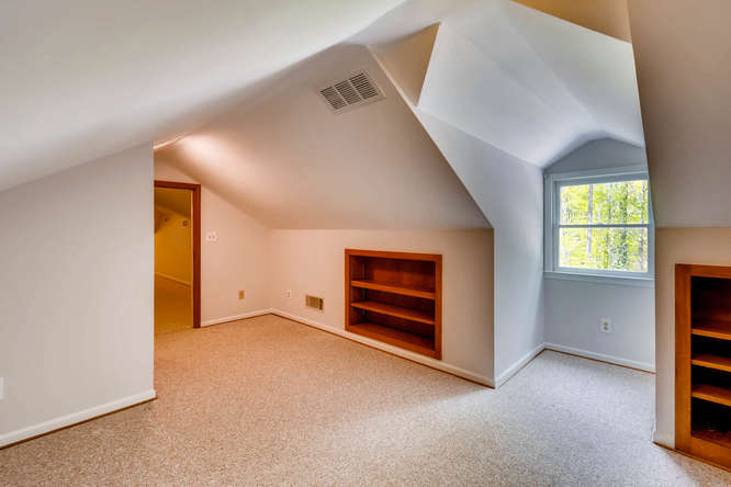 2928 Randolph Rd Atlanta GA-small-028-41-2nd Floor Bedroom-666x445-72dpi