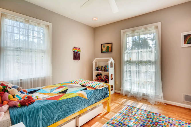 2646 Hawthorne Place NE-small-026-26-Bedroom-666x445-72dpi