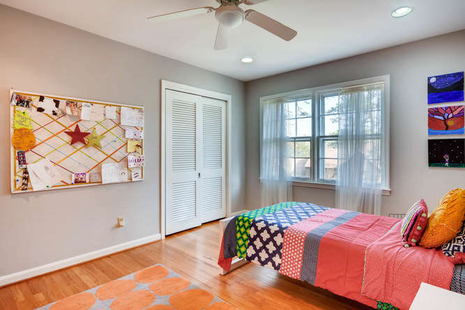 2646 Hawthorne Place NE-small-027-39-Bedroom-666x445-72dpi