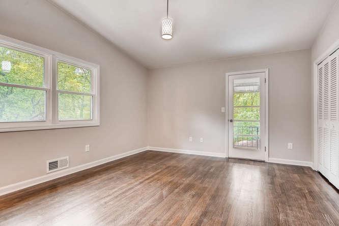 2045 Luxuria Court Tucker GA-small-018-16-2nd Floor Master Bedroom-666x445-72dpi