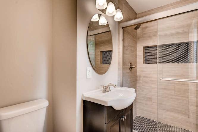 2045 Luxuria Court Tucker GA-small-022-10-2nd Floor Master Bathroom-666x445-72dpi