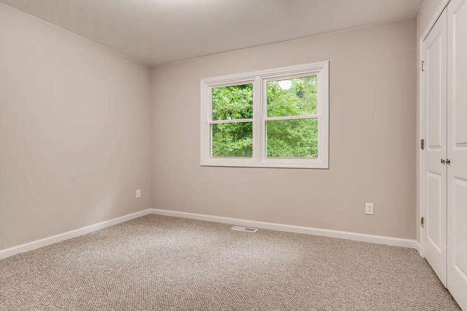 2045 Luxuria Court Tucker GA-small-031-27-Lower Level Bedroom-666x445-72dpi