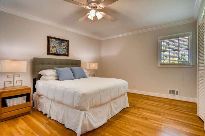 2638 Hawthorne Place NE-small-020-20-2nd Floor Master Bedroom-666x445-72dpi