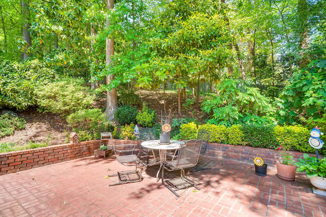 3186 Surgarplum rd Atlanta GA-small-037-27-Patio-666x445-72dpi