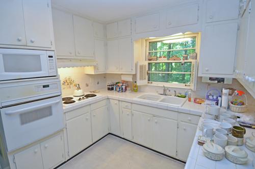 9 Kitchen 4