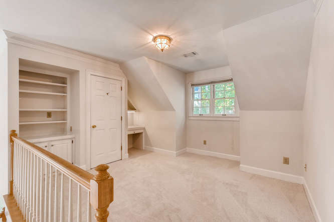 2438 King Ct NE Atlanta GA-small-032-31-2nd Floor Landing-666x445-72dpi