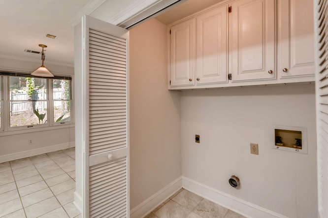2438 King Ct NE Atlanta GA-small-035-26-Laundry Room-666x444-72dpi