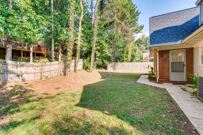 2438 King Ct NE Atlanta GA-small-039-34-Back Yard-666x445-72dpi