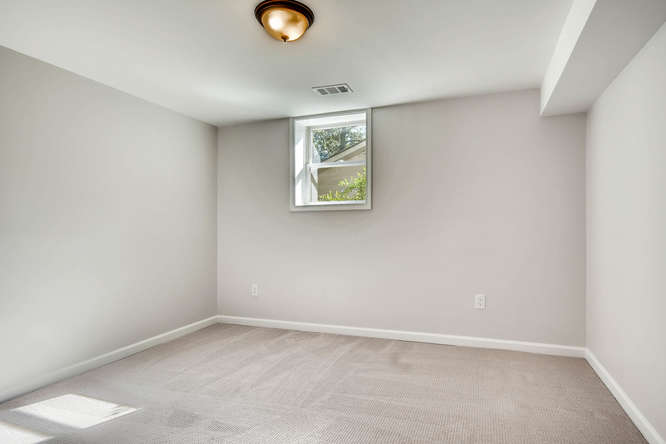 3002 Shenandoah Valley Rd NE-small-031-32-Lower Level Bedroom-666x445-72dpi