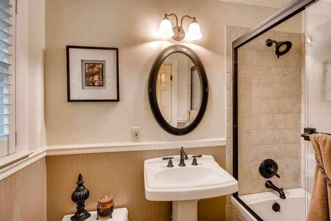 3620 Prestwick Drive Tucker GA-small-018-16-Master Bathroom-666x445-72dpi