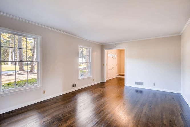 4001 Foxglove Rd Tucker GA-small-005-13-Living Room-666x445-72dpi