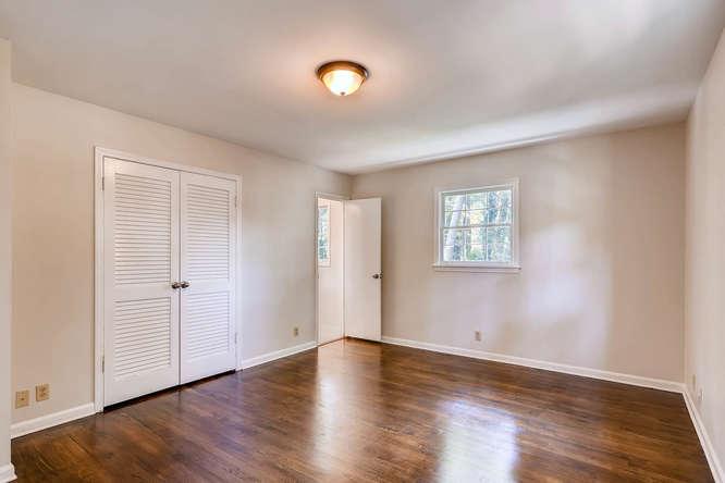 4001 Foxglove Rd Tucker GA-small-017-19-2nd Floor Master Bedroom-666x445-72dpi