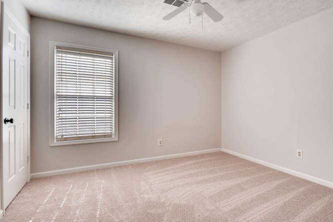 547 Ravinia Way Lawrenceville-small-030-27-2nd Floor Bedroom-666x445-72dpi