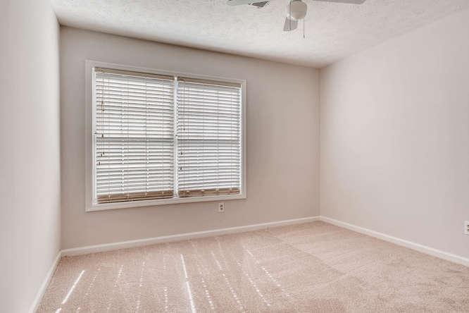 547 Ravinia Way Lawrenceville-small-032-37-2nd Floor Bedroom-666x445-72dpi