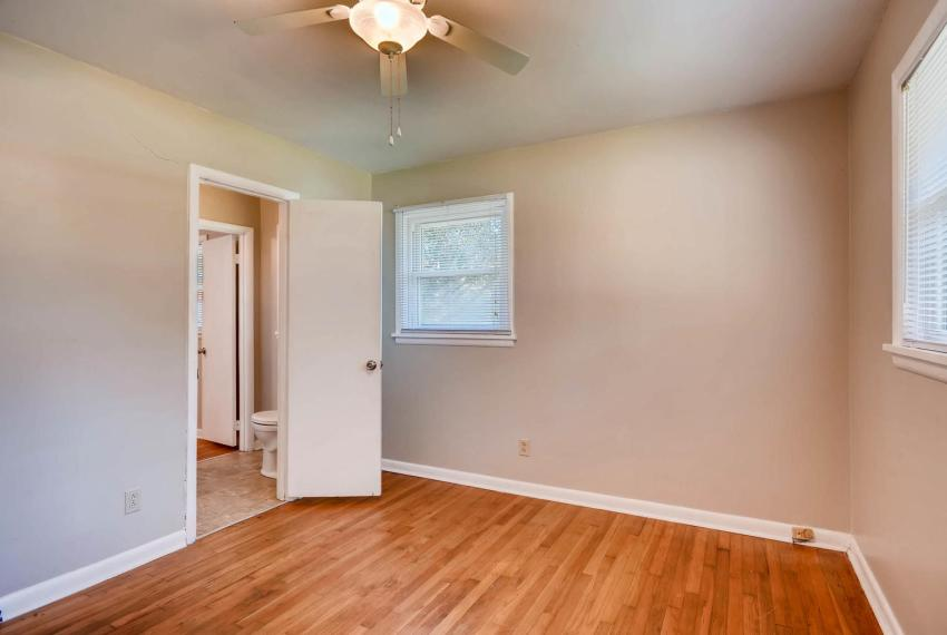 3048 Hudson Ct Decatur GA-large-025-25-Bedroom-1499x1000-72dpi