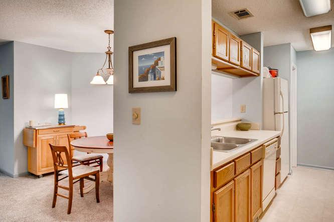 1019 North Jamestown Decatur-small-015-27-Kitchen-666x445-72dpi