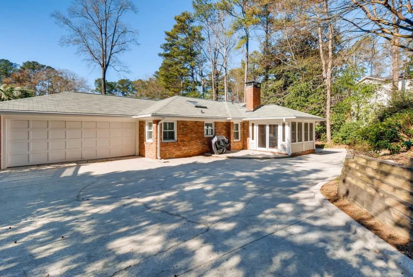 2103 Continental Drive Atlanta-large-041-39-Patio-1499x1000-72dpi