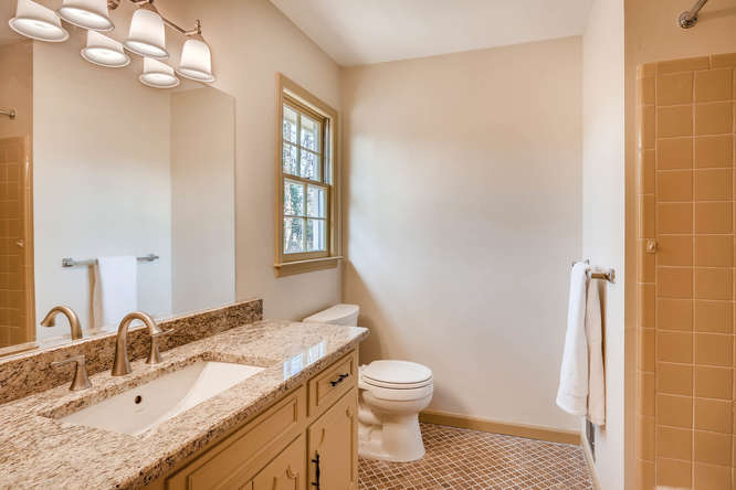2548 Midvale Forest Drive-small-021-18-2nd Floor Master Bathroom-666x445-72dpi