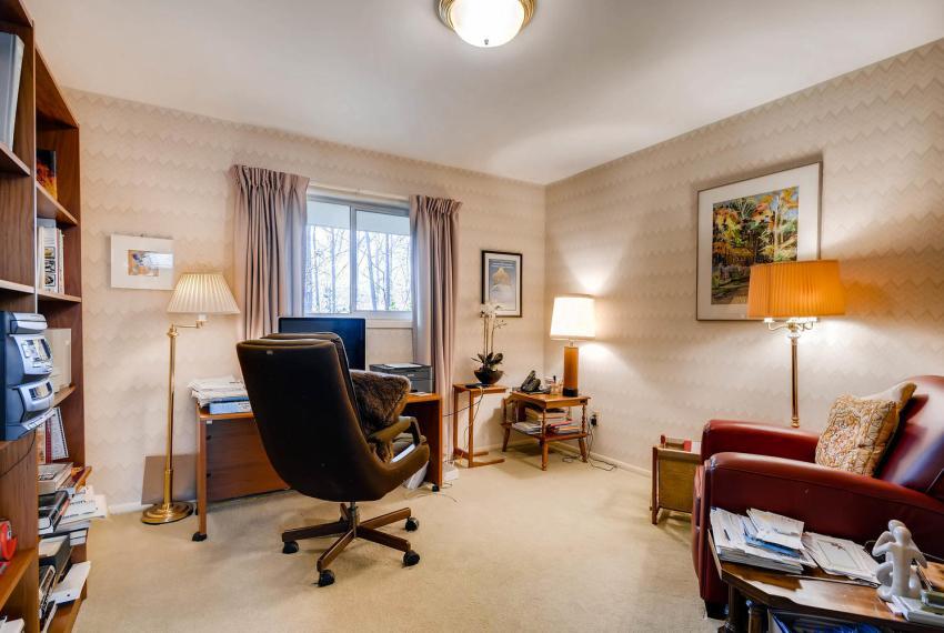 2072 Castleway Drive Atlanta-large-026-21-Bedroom-1499x1000-72dpi