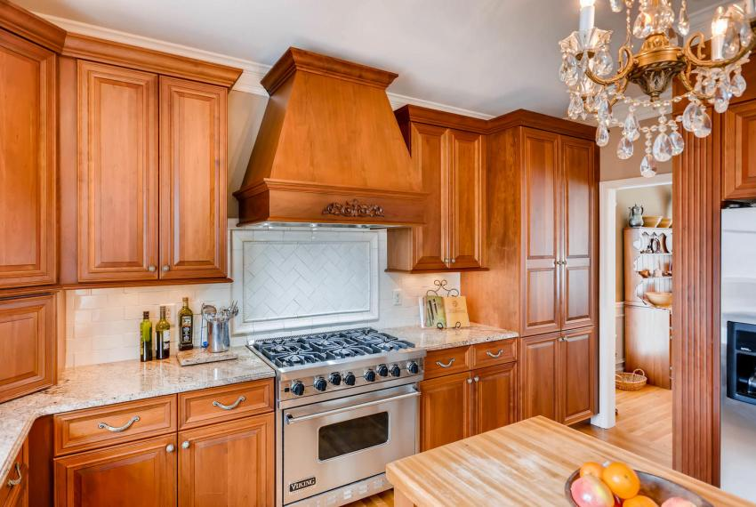 821 Lakeglen Drive Suwanee GA-large-012-17-Kitchen-1498x1000-72dpi